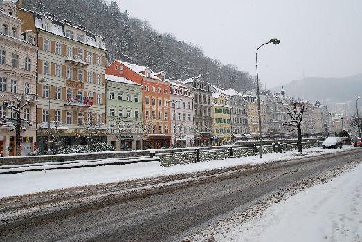 В феврале в городе всё так же облачно и снежно