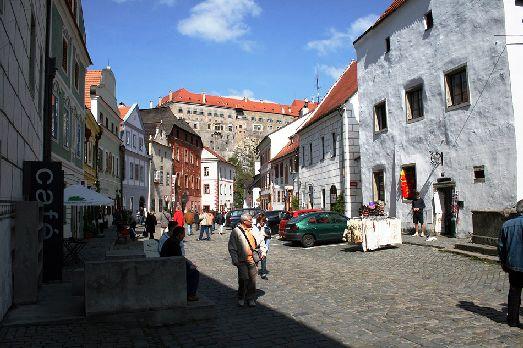 Чески-Крумлов получил свою известность прежде всего из-за своего потрясающего замкового комплекса