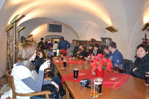 Где попробовать самое старое пиво Чехии Крушовице, как не на местном заводе!