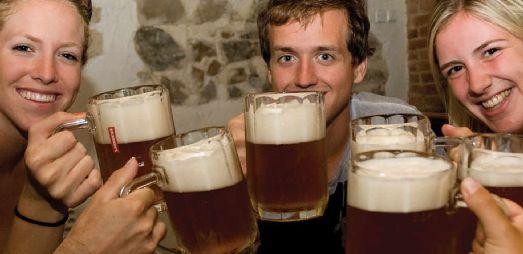 Чешское пиво обладает особым насыщенным вкусом, ароматом и плотностью