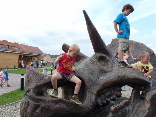 DinoPark - Дино Парк в Праге - Сюда тем детям, кто любит динозавров!