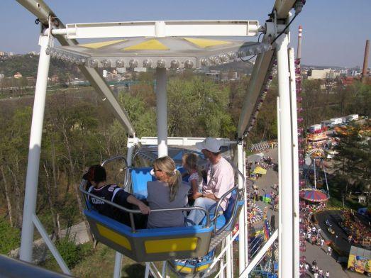 В Луна-парке в Праге будет интересно и детям, и взрослым