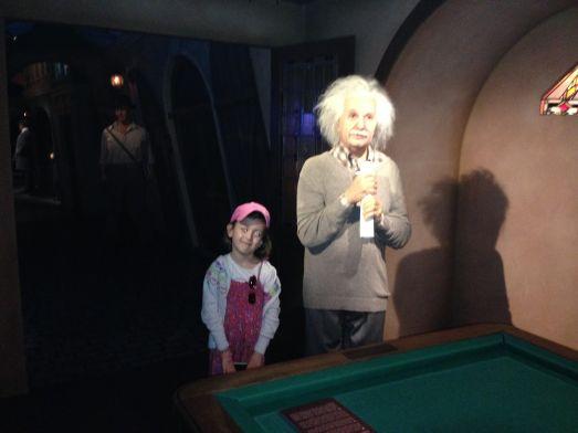 Музей восковых фигур в Праге - может быть у вашего ребенка есть вопрос к Эйнштейну?
