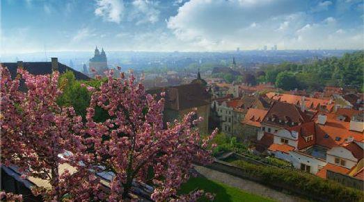 Встретить весну в Праге мечтает каждый романтик