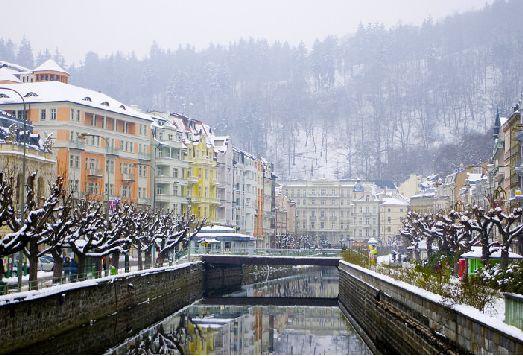 Зима в Карловых Варах имеет традиционный белый цвет